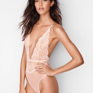 VERY SEXY Chantilly Lace Plunge Teddy Bodysuit